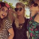 Report: Jessica Simpson's St. Barths Vacation Fuels Feud With Pregnant Sister Ashlee