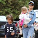 "<em><span class=""exclusive"">EXCLUSIVE PHOTOS</span></em> - Kourtney Kardashian Tries To Console Her Kids After Scott Disick Split Drama"