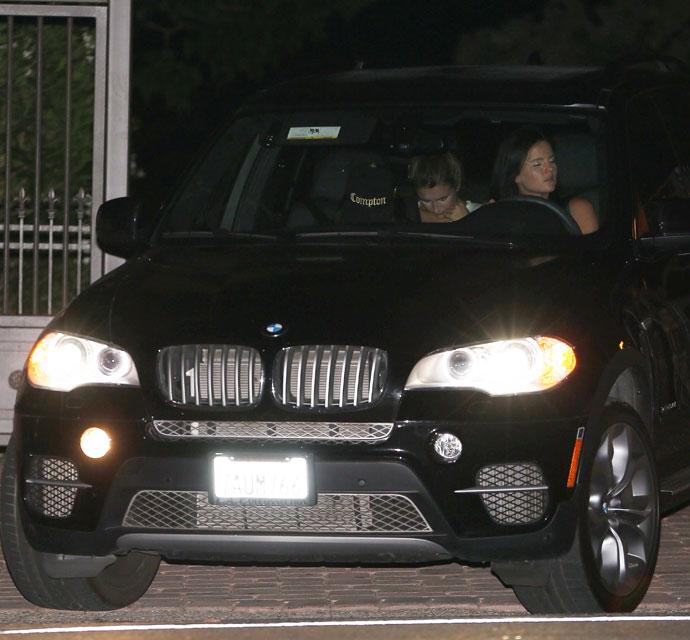 "em><span class=""exclusive"">EXCLUSIVE PHOTOS</span></em> - Selena Gomez Has Romantic Rendezvous With Orlando Bloom"