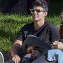 Kendall Jenner, Gigi Hadid And Joe Jonas Enjoy Park Life In Paris