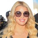 Jessica Simpson Busts Out On Her Way To The Big Apple With Hubby Eric Johnson