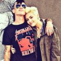 "Paris Jackson's Boyfriend Shows Off Confederate Flag Tattoo But Claims He ""Wouldn't Be Dating A Black Girl"" If He Were Racist"