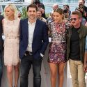 Exes Charlize Theron And Sean Penn Have Awkward Reunion At Cannes Photocall