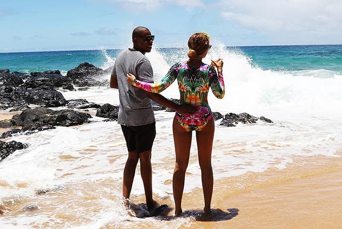 Beyonce Shares Hawaii Vacation Photos Full Of Lemonade - Hawaii vacation packages 2016