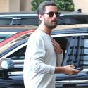 Scott Disick And A Camera Shy Rob Kardashian Bro Out Over A Fancy Dinner