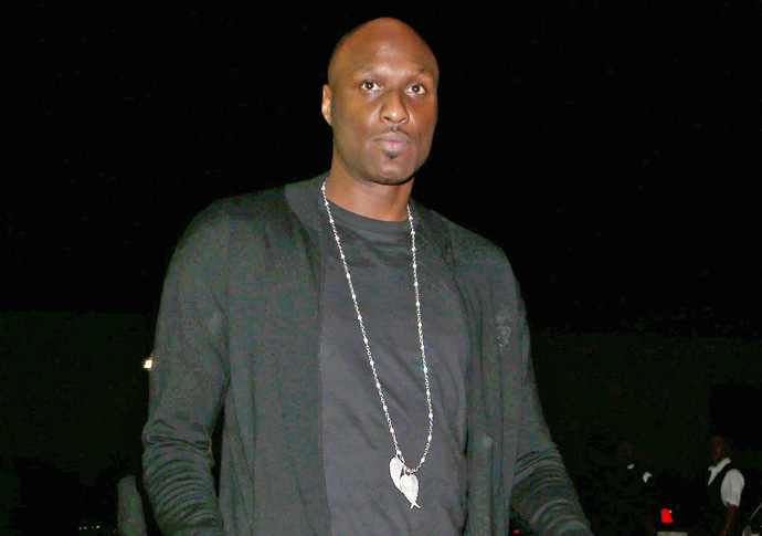 Khloé Karashian posts cryptic tweets after Lamar Odom's drunk airplane incident