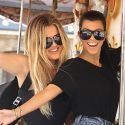 Khloe Kardashian Goofs Around With Big Sis Kourtney Amid Lamar Odom Drama
