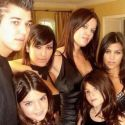 Kylie Jenner Posts Pre-Plastic Surgery, <br>Pre-Filler Thanksgiving Throwback
