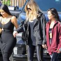 "<em><span class=""exclusive"">EXCLUSIVE</span></em> - Kim, Khloe, And Kourtney Get Political By Visiting Planned Parenthood"