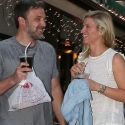 Ben Affleck And Lindsay Shookus Put On Giggly Display For Photographers At Dinner