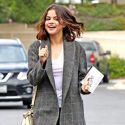 "<em><span class=""exclusive"">EXCLUSIVE PHOTOS</span></em> - Selena Gomez Gets A Check-Up At Transplant Center"