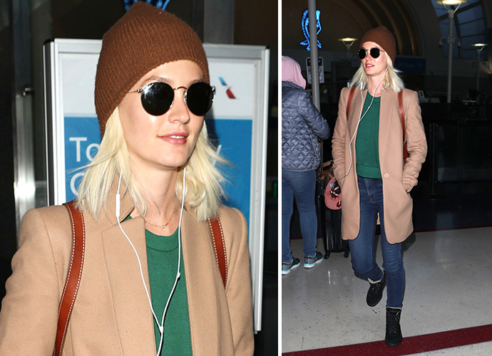 Leighton Meester hair cut and went platinum blonde