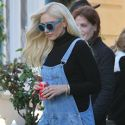 Gwen Stefani Brings Blake Shelton To Her Parents' House For Mother's Day