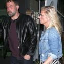 "<em><span class=""exclusive"">EXCLUSIVE</span></em> - Ben Affleck And Lindsay Shookus Have A Romantic Dinner Date In Venice"