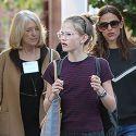 Jennifer Garner Goes Holiday Shopping With Ben Affleck's Mom!
