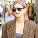 "<em><span class=""exclusive"">MUST-SEE VIDEO</span></em> - Hailey Baldwin Serenaded By Teen Fans Singing Justin Bieber's ""Baby"" As She Debuts New Pink Hair"