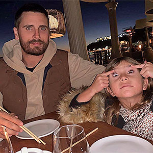 Is Scott's daughter Penelope doing something racist here or are people misconstruing her just making a funny face?